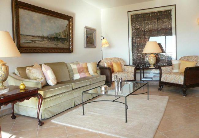 Apartment in Mandelieu-la-Napoule - HSUD0200