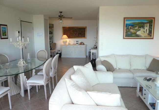Apartment in Mandelieu-la-Napoule - HSUD0539