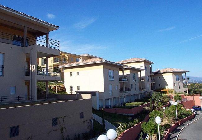 Apartment in Mandelieu-la-Napoule - HSUD0134
