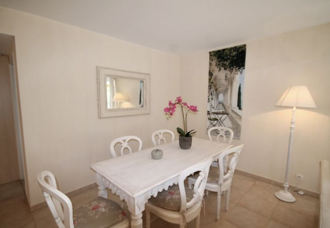 Apartment in Mandelieu-la-Napoule - HSUD0103