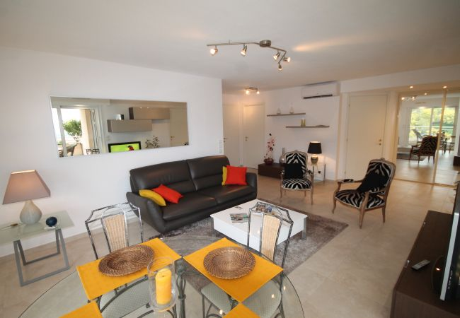 Apartment in Mandelieu-la-Napoule - HSUD0207