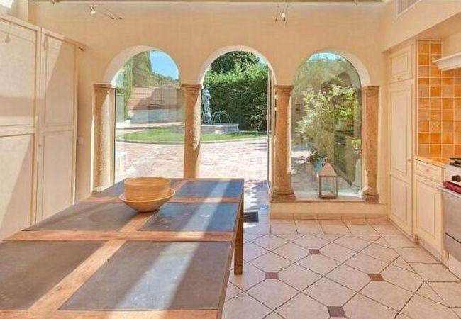 Villa in Saint-Tropez - HSUD0219