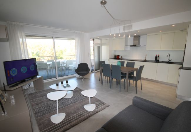Apartment in Cannes - HSUD0121